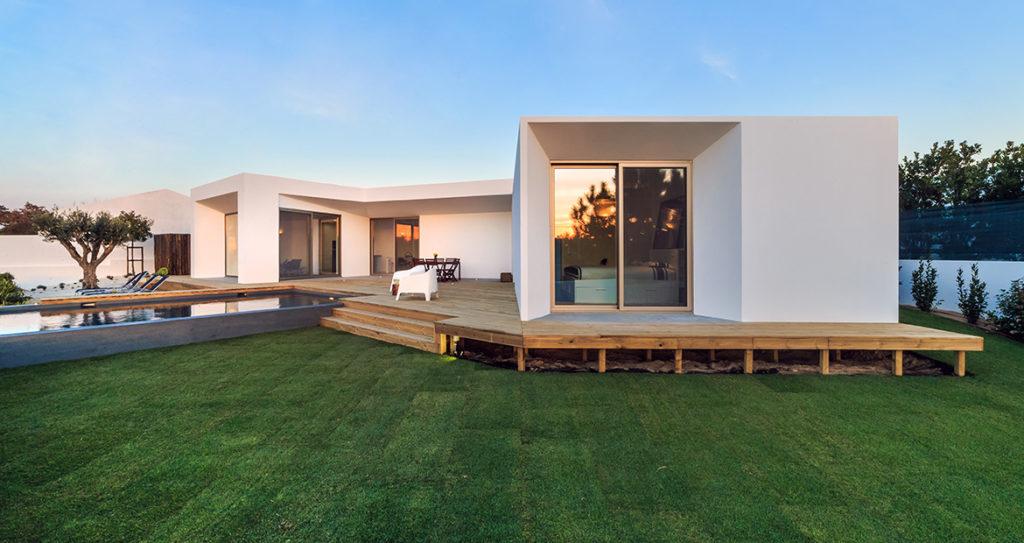 Okres budowy domu jest nie tylko ekscentryczny ale również ogromnie trudny.